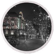 Union Station In The Winter Round Beach Towel