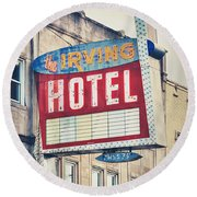 Chicago's Irving Hotel Round Beach Towel