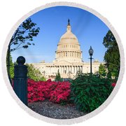 Us Capitol And Red Azaleas Round Beach Towel