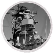 Uss Iowa Battleship Starboardside Bridge 02 Bw Round Beach Towel