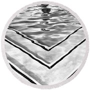 V Shape 2 Palm Springs Round Beach Towel