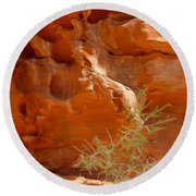 Valley Of Fire Rock Formation Round Beach Towel