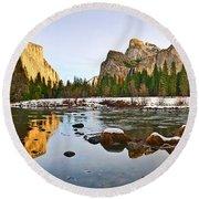 Vally View Panorama - Yosemite Valley. Round Beach Towel
