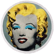 Vampire Marilyn Round Beach Towel