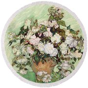 Vase With Pink Roses Round Beach Towel