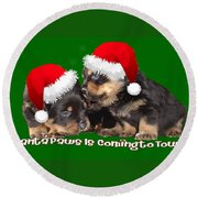 Vector Santa Paws Is Coming To Town Christmas Greeting Round Beach Towel