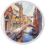 Venice In Spring Round Beach Towel