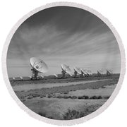 Very Large Array In Black And White Round Beach Towel