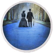 Victorian Couple In The Park At Dusk Round Beach Towel