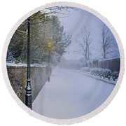 Victorian Winter Street Scene Round Beach Towel