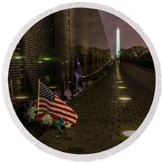 Vietnam Veterans Memorial At Night Round Beach Towel
