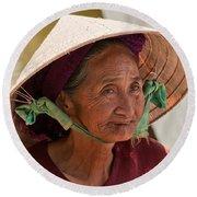 Vietnamese Lady Round Beach Towel