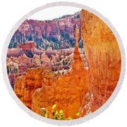 View At Beginning Of Navajo Trail In Bryce Canyon National Park-utah Round Beach Towel