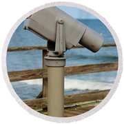 View Finder At The Beach Round Beach Towel