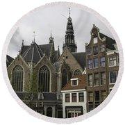 View Of Oude Kerk Amsterdam Round Beach Towel