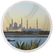 View Of Sheikh Zayed Grand Mosque Round Beach Towel