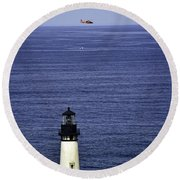 Viewing The Newport Lighthouse Round Beach Towel