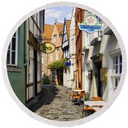 Village Cafe Round Beach Towel