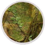 Vine On Tree Bark Round Beach Towel