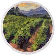 Vineyard At Dentelles Round Beach Towel