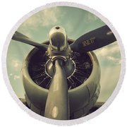 Vintage B-17 Flying Fortress Propeller Round Beach Towel