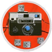 Vintage Camera With Flash Cube Round Beach Towel