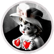 Vintage Lady Head Vase - Black And White With Red Round Beach Towel