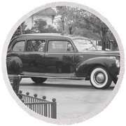Vintage Lincoln Limo Black N White Round Beach Towel