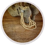 Vintage Shoes And Pearls Round Beach Towel