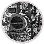 Vintage Steam Tractor Black And White Round Beach Towel