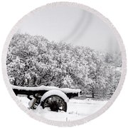 Vintage Wagon In Snow And Fog Filled Valley Round Beach Towel