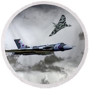 Vulcan Wingman Round Beach Towel