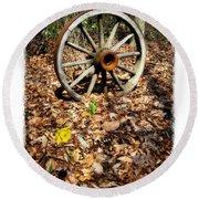 Wagon Wheel Daffodil Round Beach Towel