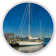 Waiting For Warmer Weather At The Dock Round Beach Towel