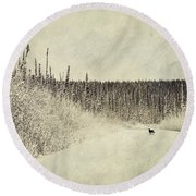 Walking Luna Round Beach Towel