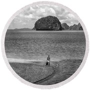 Wandering In Paradise Monochrome Round Beach Towel
