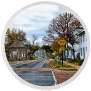 Washington's Crossing In The Fall Round Beach Towel