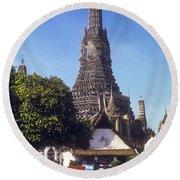 Wat Arun Round Beach Towel