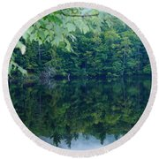 Water At Peace Round Beach Towel