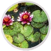 Water Lily Water Color Round Beach Towel