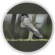 Waterbird Flying Round Beach Towel