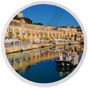 Reflect In Valletta Malta Round Beach Towel