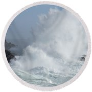 Wave At Salt Point Round Beach Towel