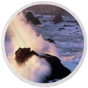 Wave Crashing On Sea Mount California Coast Round Beach Towel