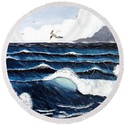 Waves And Tern Round Beach Towel