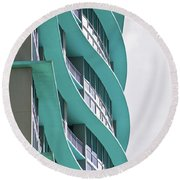Waves At The Waverly Round Beach Towel