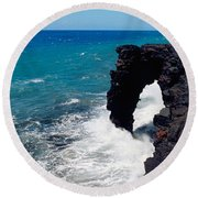 Waves Breaking On Rocks, Hawaii Round Beach Towel
