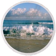 Waves Crashing On The Beach, Varadero Round Beach Towel