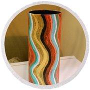 Wavy Vase Round Beach Towel