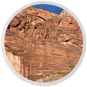 Weeping Rock In Zion National Park Round Beach Towel